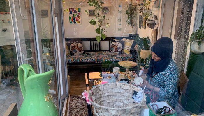 Iraqi engineer turns art into business amid bleak job market – Reuters