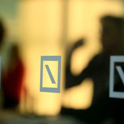 Deutsche Bank Zeroes in on Management Board Bonuses After Cuts
